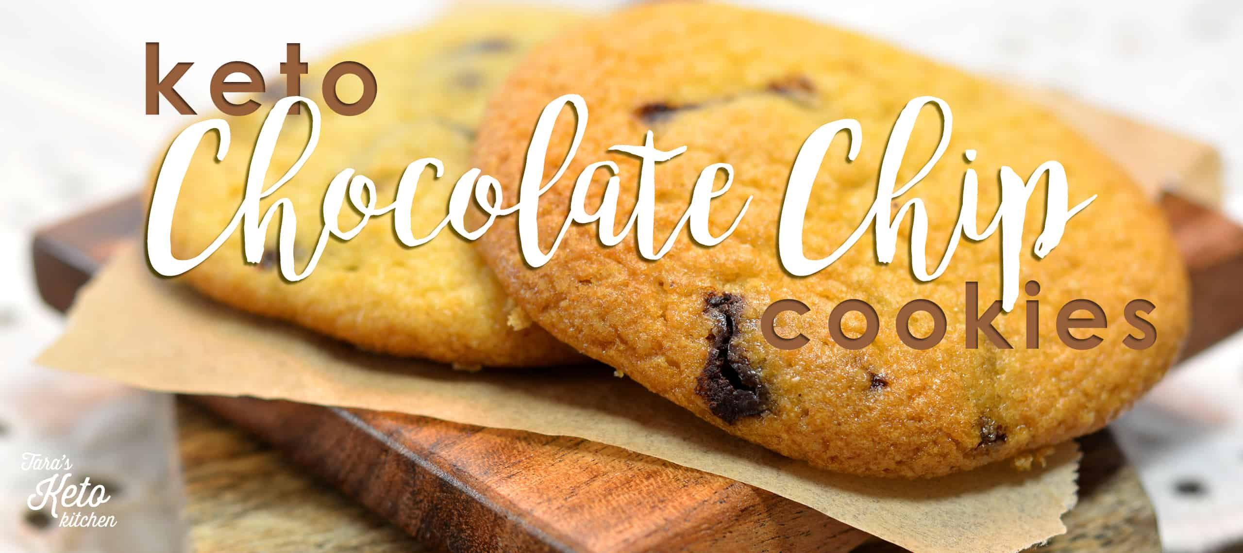 close up image of keto chocolate chip cookies with title