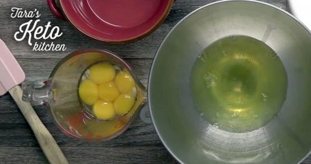 keto vanilla cupcakes showing seperate the eggs