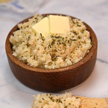 Keto Buttery Garlic Rice